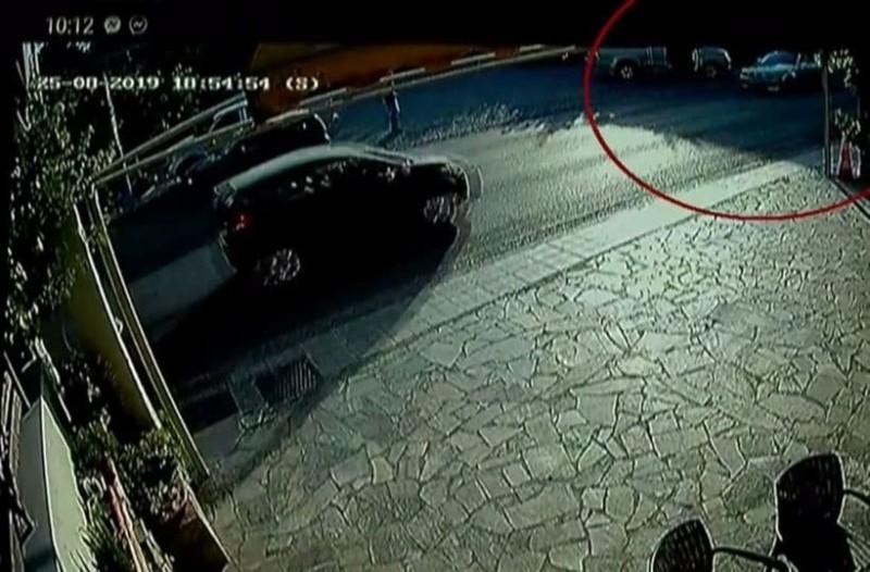Νέες αποκαλύψεις για την τραγωδία στο Αίγιο: Με 102χλμ/ώρα έτρεχε ο 28χρονος που σκότωσε γιαγιά και εγγόνι! (Video)