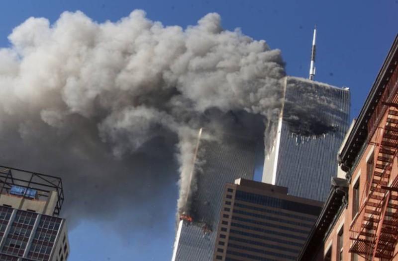 Η φωτογραφία της ημέρας: 18 χρόνια από την μεγαλύτερη τραγωδία στην σύγχρονη ιστορία του πλανήτη!