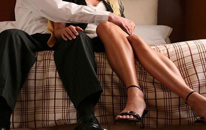 Πώς να πεις σε κάποιον ότι βγαίνεις με την έγκυο πρώτο ραντεβού σε απευθείας σύνδεση ιδέες γνωριμιών