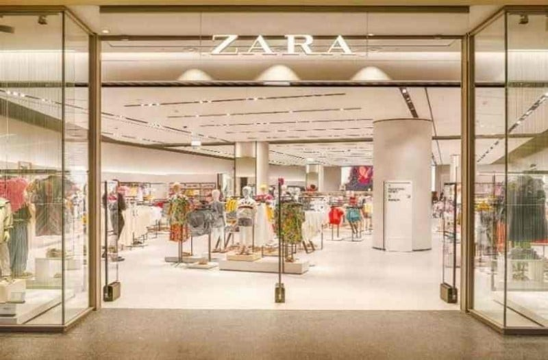 Zara: 4+1 πλεκτά τοπ που θα φοράς όλη τη νέα σεζόν!