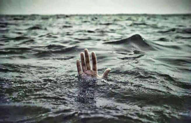 Νεαρή γυναίκα παρασύρθηκε από τα κύματα σε παραλία της Κρήτης