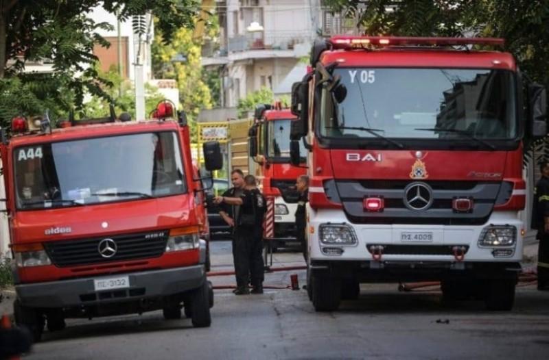 Φωτιά στο κέντρο της Αθήνας! Μια ηλικιωμένη απεγκλωβίστηκε με σοβαρά εγκαύματα!