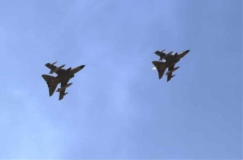 Συγκρούστηκαν μαχητικά αεροσκάφη!