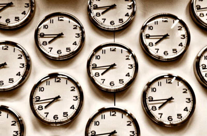 Αλλαγή ώρας: Πότε γυρνάμε τα ρολόγια μας μια ώρα πίσω;