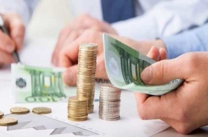 Έρχεται μείωση των ασφαλιστικών εισφορών! Πόσα θα κερδίσει η τσέπη σας;
