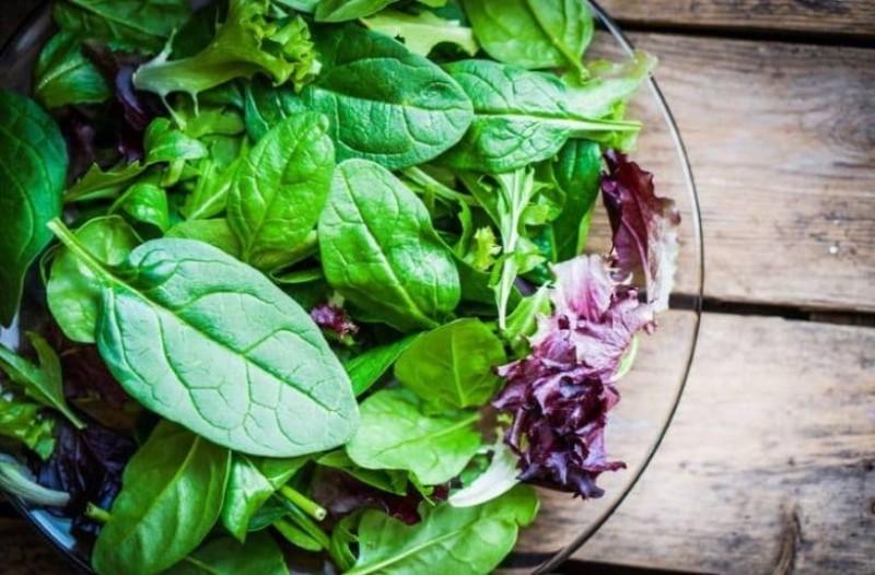 Τρώτε έτοιμες κομμένες σαλάτες; Τεράστια προσοχή!