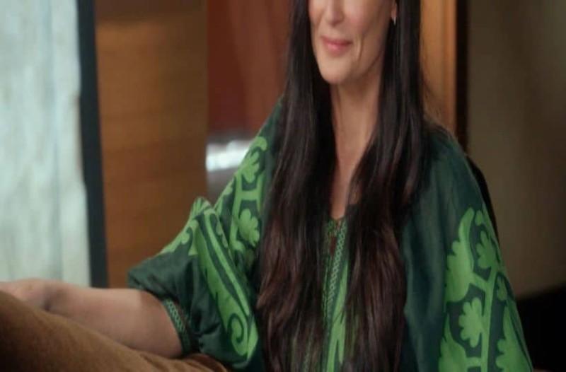 Συγκλονίζει πασίγνωστη ηθοποιός: «Η μητέρα μου με εξέδωσε στα 15!» (Video)