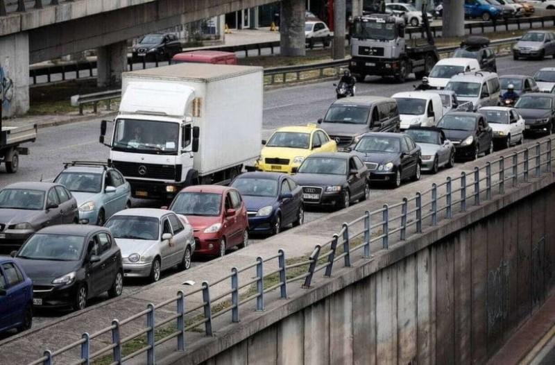 Απίστευτο μποτιλιάρισμα στους δρόμους της Αθήνας! Ποιους δρόμους να αποφύγετε;