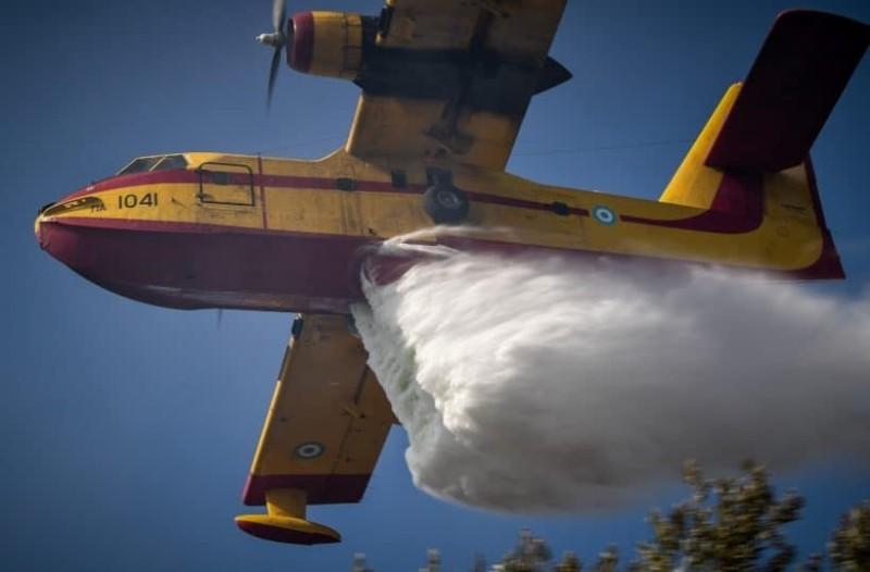 Πυρκαγιές μαίνονται σε Θήνια και Λαγκαδά της Κεφαλονιάς!