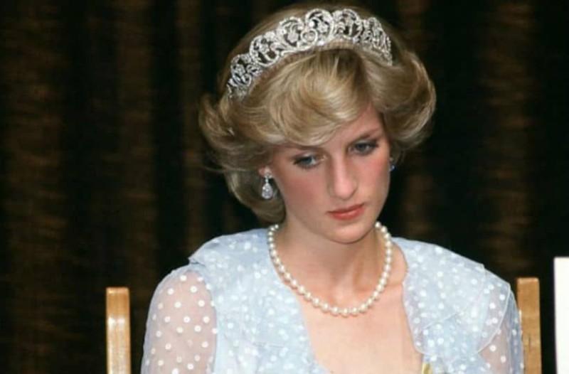 Πριγκίπισσα Νταϊάνα: Η επίθεση της Ελισάβετ και η σορός! Τι ανατριχιαστικό συνέβη μετά το τροχαίο;