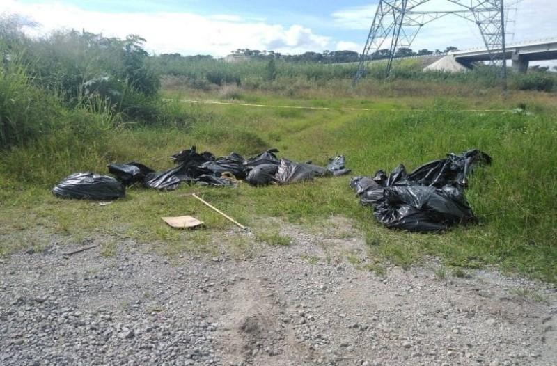 Φρίκη! Βρέθηκαν 17 σακούλες σκουπιδιών με ακρωτηριασμένα πτώματα! (photo)