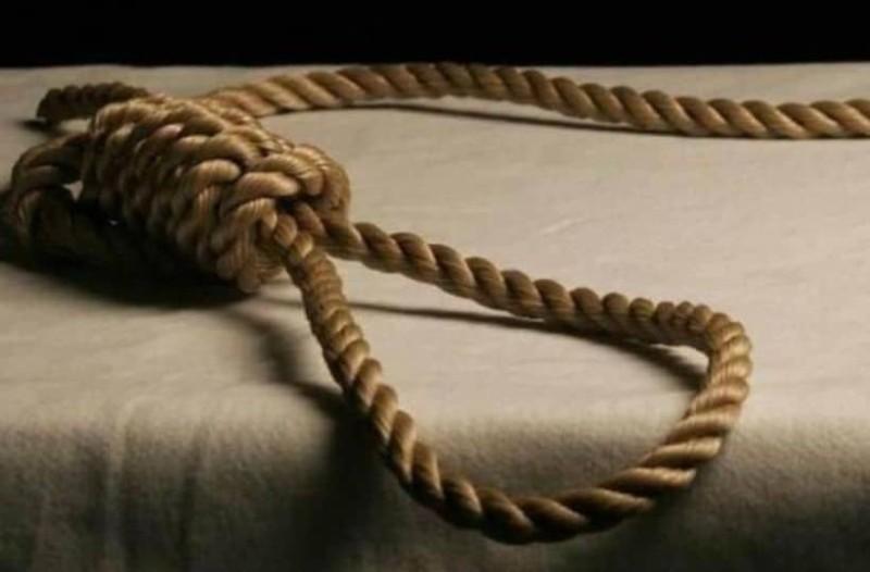 Τραγωδία στη Φθιώτιδα: Κρεμάστηκε άνδρας από καρυδιά!