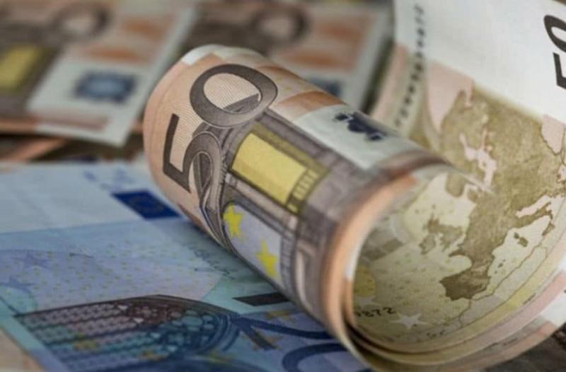 400+ ευρώ στους λογαριασμούς σας: Έρχεται επίδομα ανάσα!