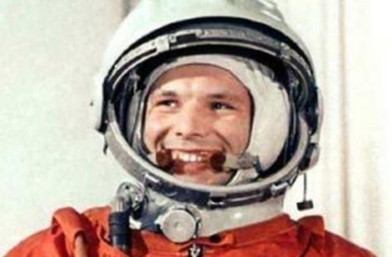 Πέθανε ο Αλεξέι Λεόνοφ! Ο άνθρωπος που έκανε πρώτος διαστημικό περίπατο!