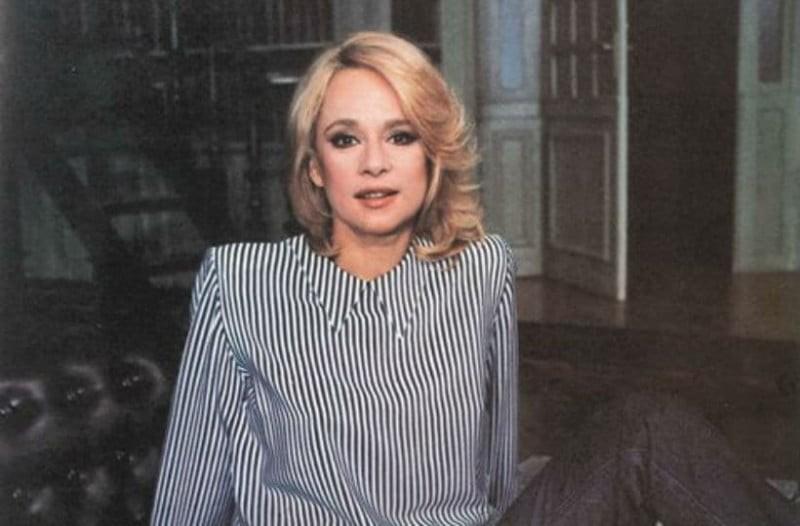 Φωτογραφία σοκ: Δείτε πως ήταν η Αλίκη Βουγιουκλάκη πριν τις πλαστικές!