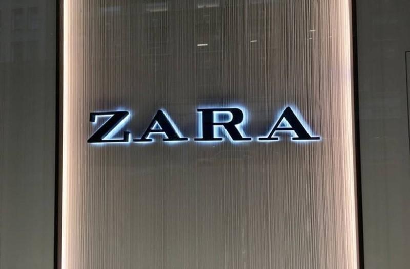 ZARA: Αυτό είναι το φόρεμα που έκανε χαμό στο Instagram! Κοστίζει μόνο 19 ευρώ!