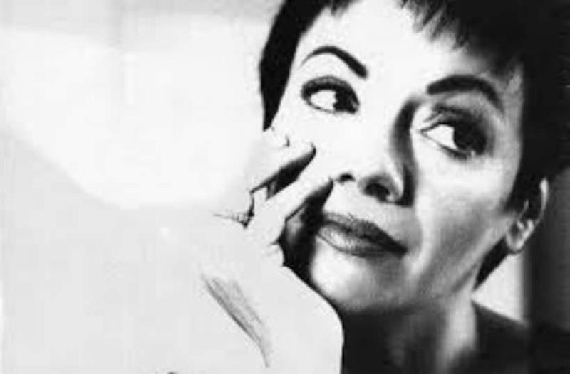 Μαλβίνα λείπεις: Μια αξεπέραστη δημοσιογράφος και συγγραφέας!