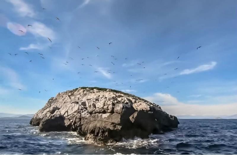 Το νησί Δίψα και η ιστορία του!