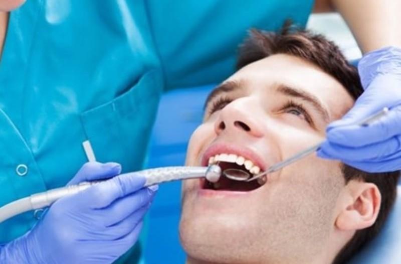 Από αυτή την νόσο απειλείσαι αν έχεις χάσει ένα δοντί!