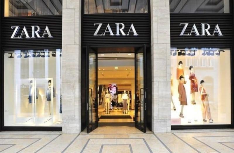 Zara: Αυτή η μπλούζα είναι η Νο 1 επιλογή στο Instagram και κοστίζει μόνο 12 ευρώ!