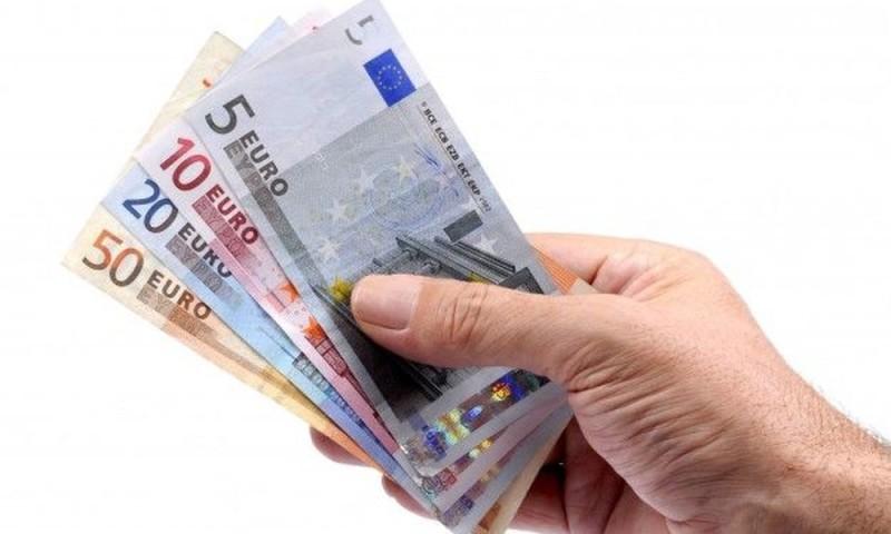 Αναδρομικά: Ποιοι δικαιούνται έως 7.340 ευρώ και πότε;