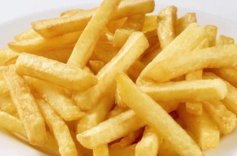 Σίγουρα το κάνεις λάθος! Με ποιο λάδι γίνονται καλύτερες οι τηγανητές πατάτες!