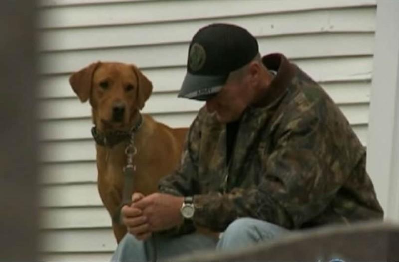 Έπασχε από καρκίνο σε τελικό στάδιο. Τότε ο σκύλος του τον κατεύθυνε σε μια παλιά εγκαταλελειμμένη εκκλησία. Και τότε συνέβη το θαύμα!