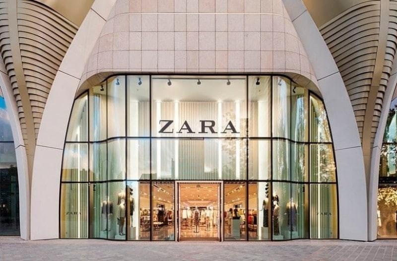 ZARA: Το ιδανικό φόρεμα που θα σε δείχνει ''μισή'' κοστίζει μόνο 17 ευρώ!