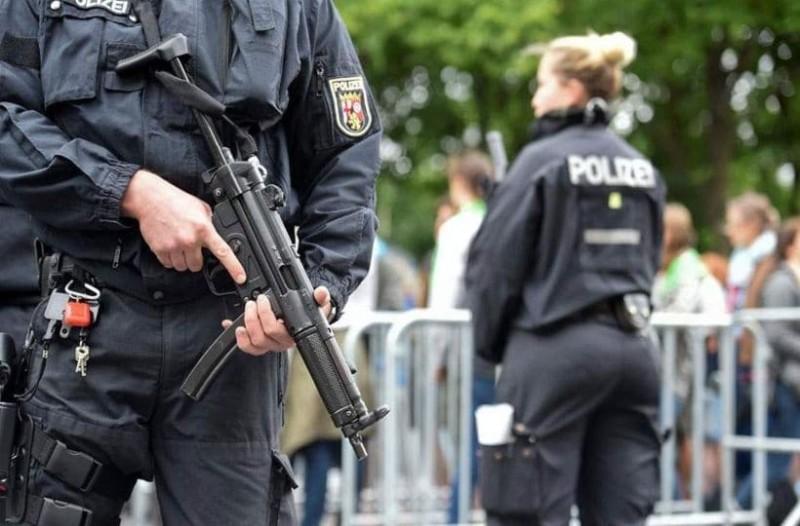 Πυροβολισμοί σε συναγωγή στη Γερμανία! Πληροφορίες για νεκρούς! (Video)