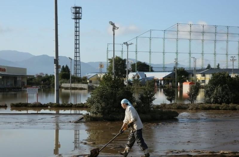 Θρήνος στην Ιαπωνία: 74 οι νεκροί από τον τυφώνα Χαγκίμπις!