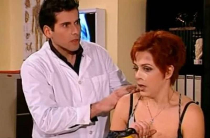 Κωνσταντίνου και Ελένης: Θυμάστε τον παντρεμένο γιατρό που στρίμωξε η Ελένη Βλαχάκη; Δείτε πώς είναι σήμερα!