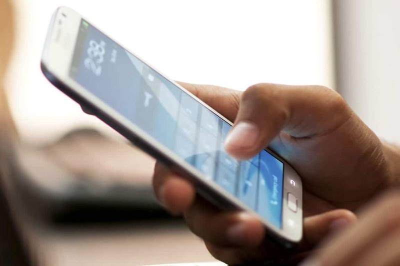 Διαφέρει η ακτινοβολία που εκπέμπει κάθε κινητό;