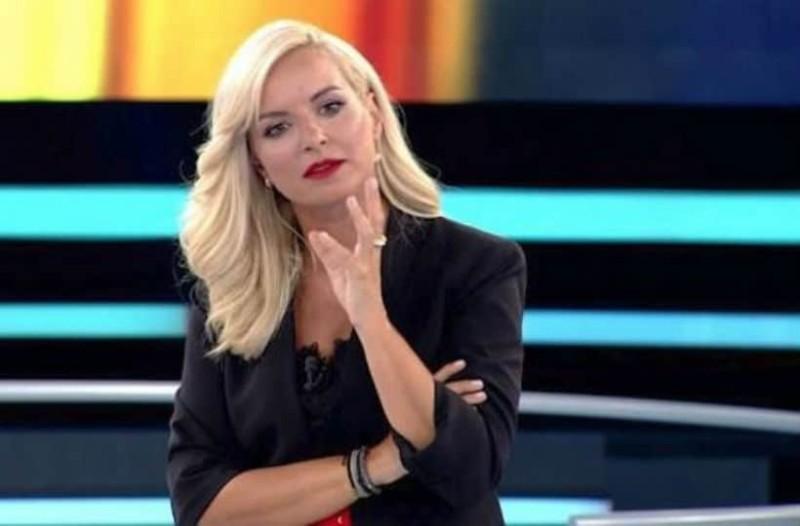 Αγνώριστη η Μαρία Μπεκατώρου: Η φωτογραφία από άλλη εποχή!