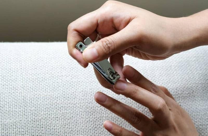 Τετάρτη και Παρασκευή μην κόψεις ποτέ τα νύχια σου! Δες το γιατί!