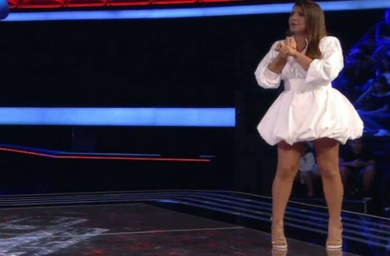 The Voice: Επική ατάκα από παίκτρια στην Έλενα Παπαρίζου!