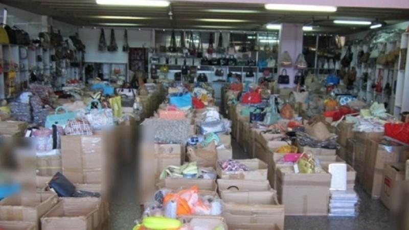 Δήμος Αθηναίων: 24.000 ευρώ πρόστιμο για παρεμπόριο!