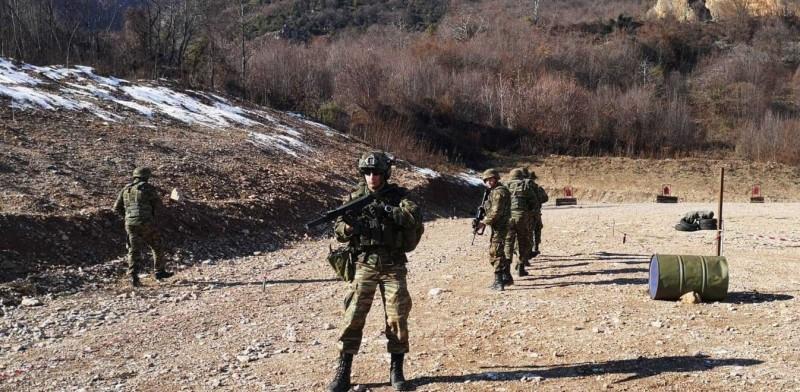 Ελληνικός Στρατός: Αυξάνεται η θητεία στους 15 μήνες!