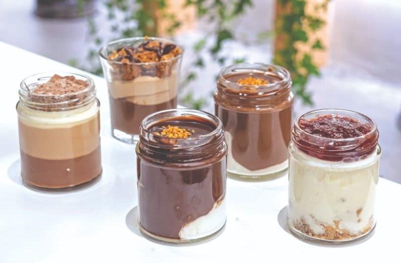 Αράχωβα: Αυτά είναι τα καλύτερα μαγαζιά για γλυκό που συνδυάζουν την παράδοση αλλά και τις healthy-vegan επιλογές!