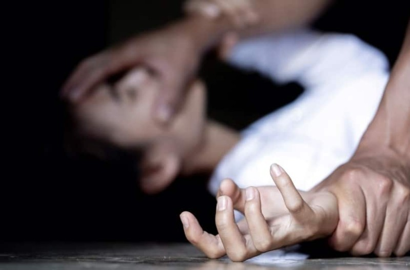 Σοκαριστική υπόθεση παιδοφιλίας: Πατέρας βίαζε την κόρη του και παιδιά συγγενών του!