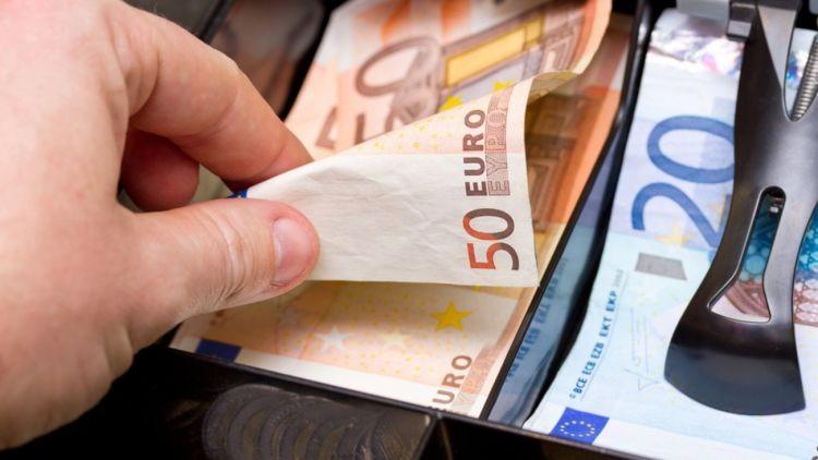 Κοινωνικό Μέρισμα - επιδόματα: Αιτήσεις στο koinonikomerisma.gr για ποσά 6.770 ευρώ!