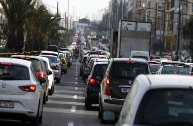 Χάος! Απίστευτη κίνηση στους δρόμους της Αθήνας!