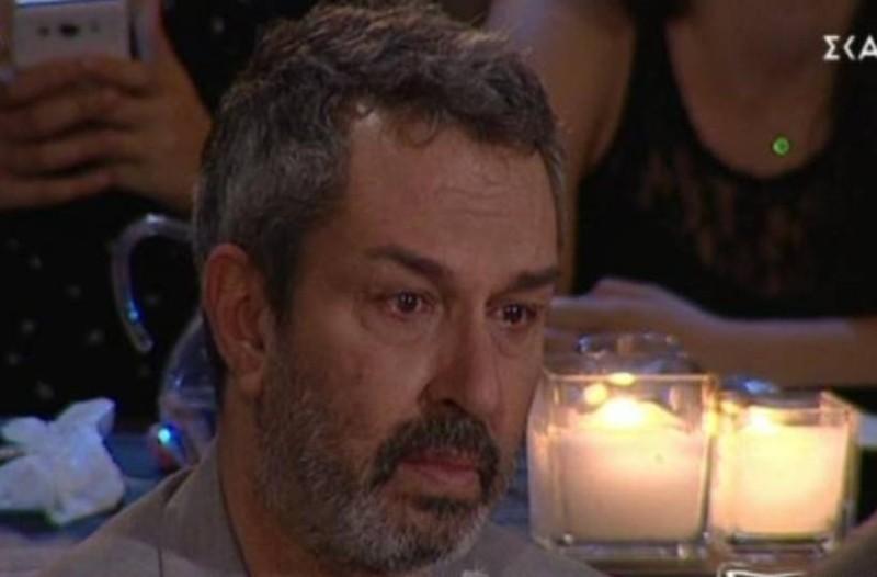 Χρήστος Χατζηπαναγιώτης: Με δάκρυα στα μάτια βγήκε στον αέρα της εκπομπής!