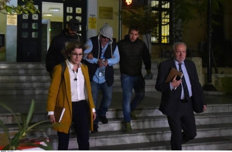 Έγκλημα στα Μέγαρα: Στην φυλακή οδηγήθηκε ο δράστης μετά την απολογία του!