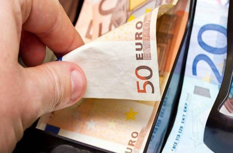 Ανατροπή με τα αναδρομικά: Ραγδαίες αυξήσεις! Ποιοι θα πάρουν έως 30.000 ευρώ;
