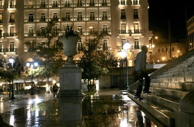 Ισχυρή καταιγίδα πλήττει την Αθήνα!
