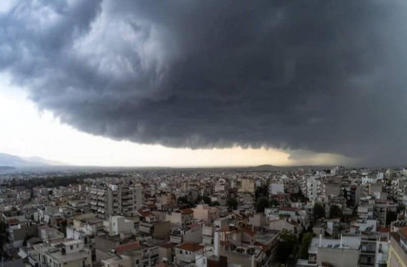 Καιρός: Με βροχές η Επέτειος του Πολυτεχνείου! Που θα χτυπήσουν;