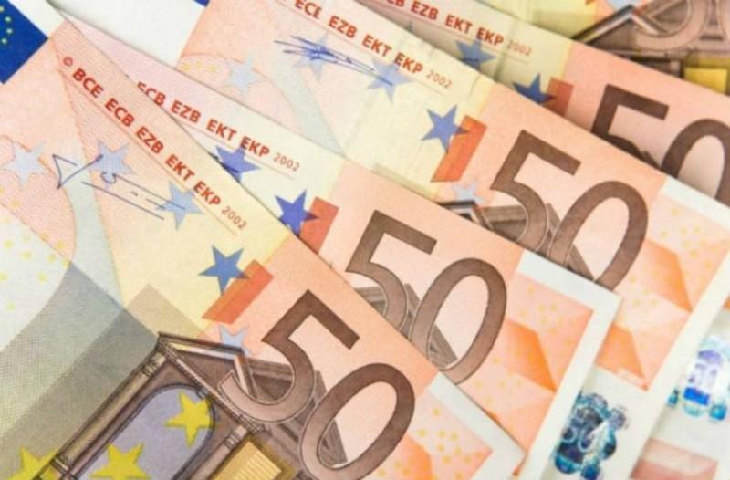 Ανατροπή με το Κοινωνικό Μέρισμα: Τι ισχύει τελικά με τα 720 ευρώ;