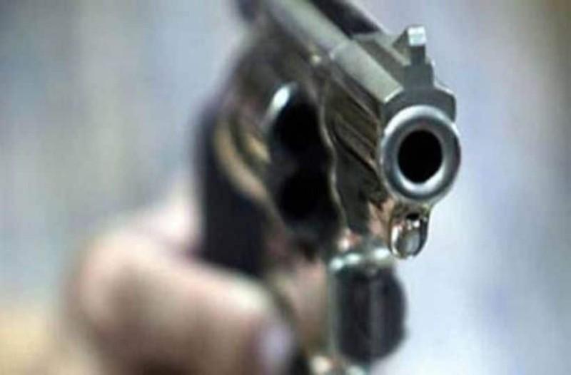Συναγερμός στην Κύπρο: Άντρας με όπλο σε μπαλκόνι πολυκατοικίας!