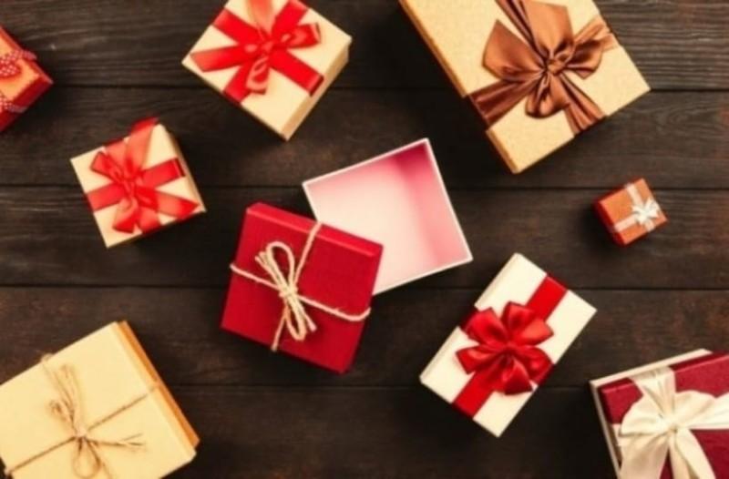 Ποιοι γιορτάζουν σήμερα, Τετάρτη 6 Νοεμβρίου, σύμφωνα με το εορτολόγιο;