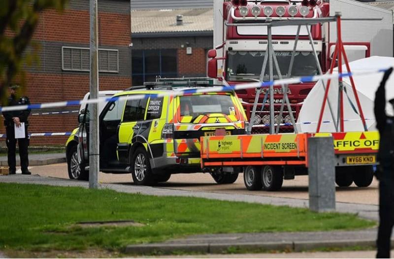 Σοκ στη Βρετανία: Ακόμα ένα φορτηγό εντοπίστηκε με 15 μετανάστες στο ψυγείο!